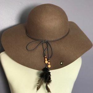 Peter Grimm Wool Hat